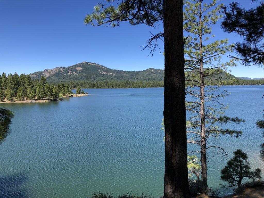 Inline image showing Lake Tahoe, California.